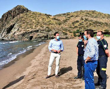Lorca revalida la Bandera Azul para la Cala de Calnegre