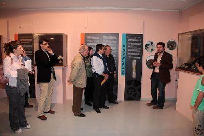 Francisco Jódar y Rosa Medina inauguran en el Museo Arqueológico la exposición ?Secretos que esconden las rocas. Fósiles en la Región de Murcia?
