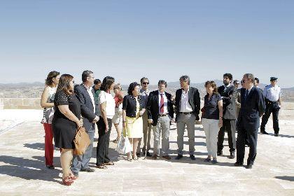 Francisco Jódar: ''los lorquinos recuperamos hoy la propiedad de nuestra mayor seña de identidad, la torre Alfonsina''.