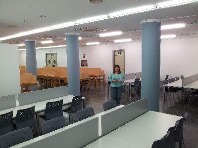El Ayuntamiento mejora la iluminación de la sala de estudios del Centro Cultural y amplía su capacidad con 40 nuevas plazas, pasando a contar con 226