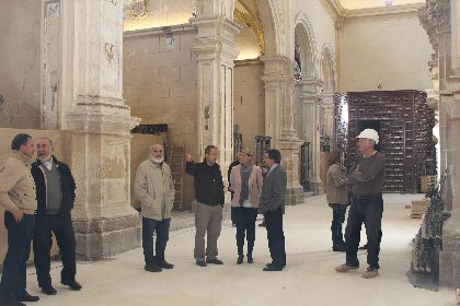 El Alcalde de Lorca y la Consejera de Cultura visitan las obras de restauración de la Colegiata de San Patricio de Lorca, que finalizarán en el primer trimestre de 2017