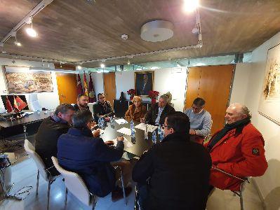 Las cofradías y el alcalde acuerdan esperar unos meses para decidir sobre la celebración de la Semana Santa