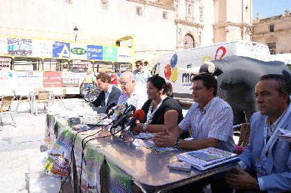 La Unión Comarcal de Comerciantes instalará atracciones infantiles en seis calles y plazas de Lorca durante los fines de semana de Feria