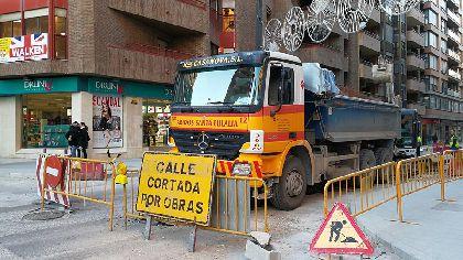 Los cortes parciales al tráfico en la Avenida Juan Carlos I por el avance de las obras se prolongarán durante miércoles y jueves aprovechando la menor densidad de tráfico