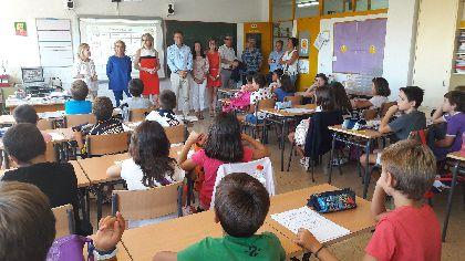 Más de 9.900 alumnos de infantil y primaria del municipio inician el curso escolar con normalidad e importantes mejoras en los centros educativos