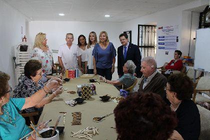 Más de 300 mayores de nuestro municipio se benefician de 8 millones de euros destinados por la Comunidad para su atención