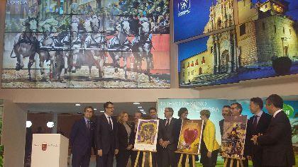 La Semana Santa y el arte del bordado se promocionan en Fitur como atractivo turístico y cultural para conseguir la declaración de Patrimonio de la Humanidad por la UNESCO