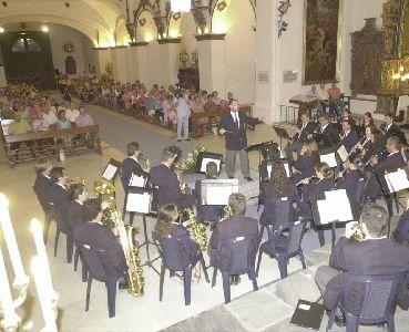 La Banda Municipal de Música, ofrecerá el domingo un concierto especial, dentro de los actos del XXV aniversario del Colegio ?Narciso Yepes?