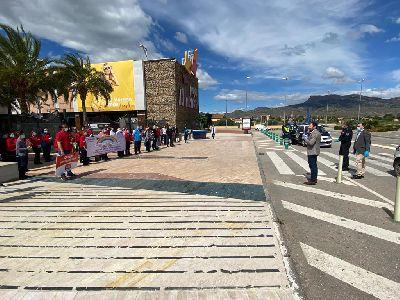 El Ayuntamiento traslada el agradecimiento de Lorca a los empleados del sector privado que están en primera línea