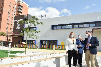 El alcalde de Lorca junto a representantes de la Consejería de Política Social visitan el Centro de Día de Poncemar