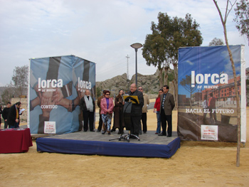 Lorca se mueve