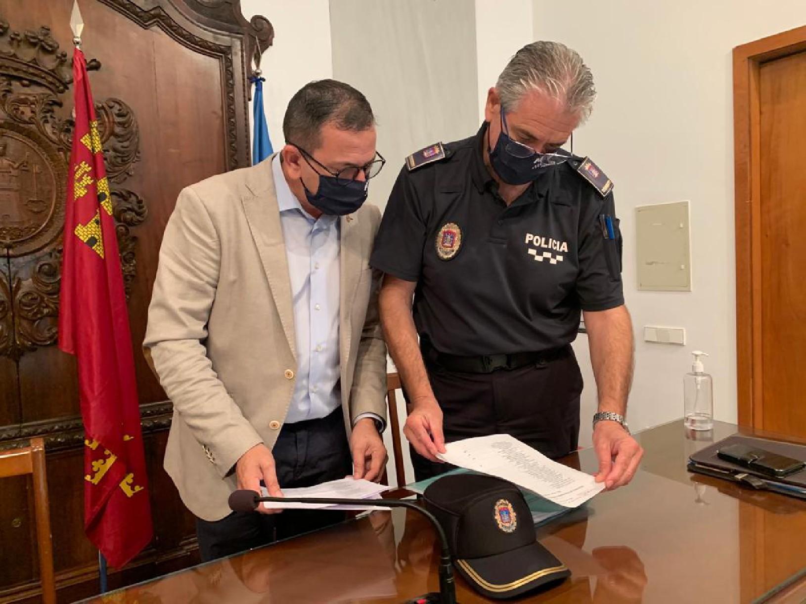 La Policía Local de Lorca interpuso casi 400 denuncias esta pasada semana por no respetar las medidas sanitarias