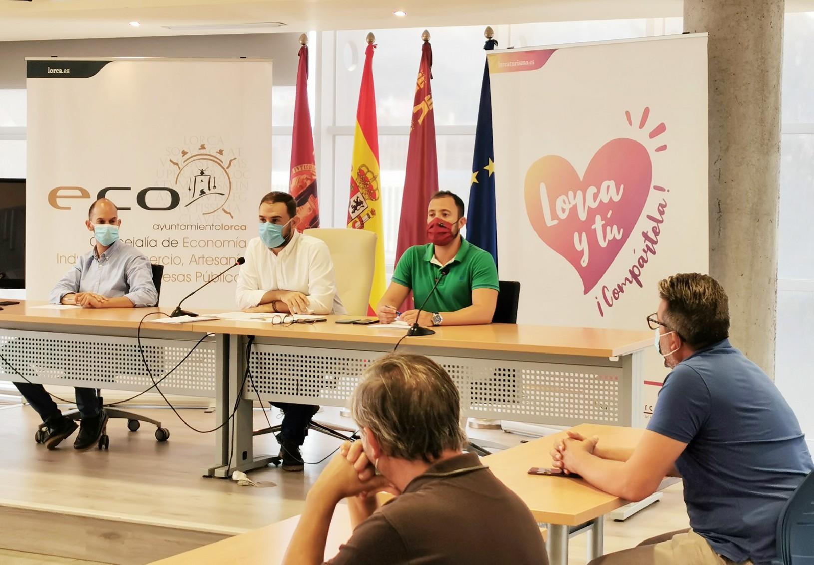 El Ayuntamiento reúne a los agentes económicos para detallarles las medidas adoptadas y consensuar propuestas